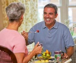 Пожилым людям для улучшения памяти рекомендуется низкокалорийная диета