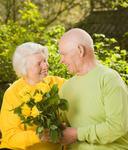 Пожилые люди старше 70 лет все еще наслаждаются сексом