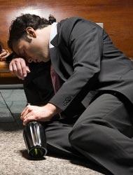 Всего один шаг от трудоголика до алкоголика