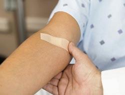Заменит ли пластырь шприцы и ампулы во время вакцинации