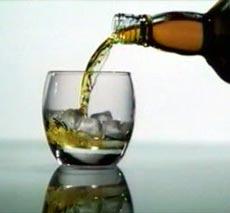 Только этой зимой из-за употребления спиртных напитков умерли более 600 жителей Москвы