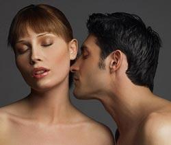 Естественный аромат, исходящий от женщины, значительно соблазнительнее, чем духи